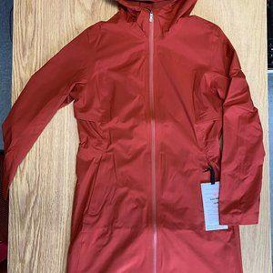 NWT Lululemon Rain Rebel Jacket Size 4 Cayenne